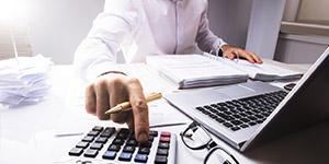 税理士の「平均年収」と「生涯獲得賃金」ってどのぐらいなの?